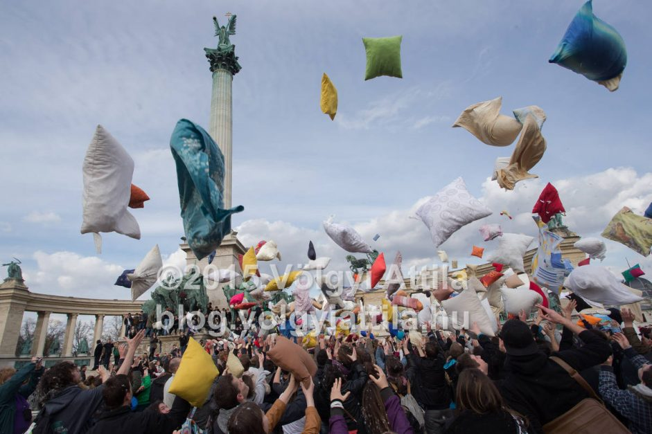 2015 pillow fight at Heroes square in Budapest