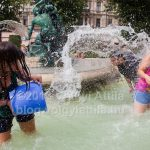 Water fight in the fountain at Vigado square